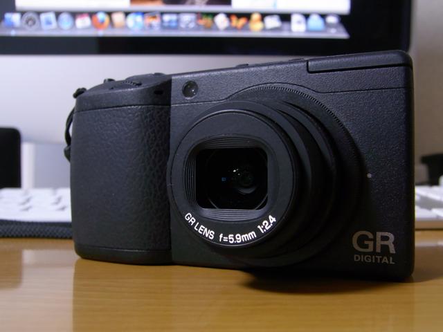 CX1で撮影した、GR2の写真