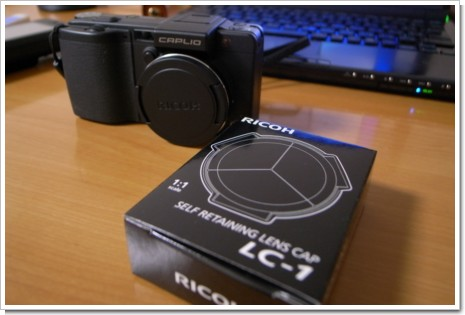 RICOH 自動開閉式レンズキャップ LC-1の写真